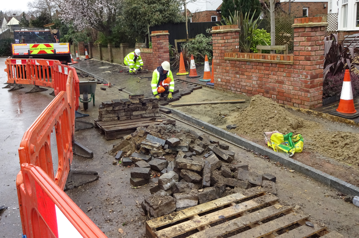 TG Ram Ltd team relaying an original Victorian footway in St Albans